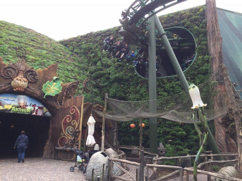 arthur en de minimoys achtbaan