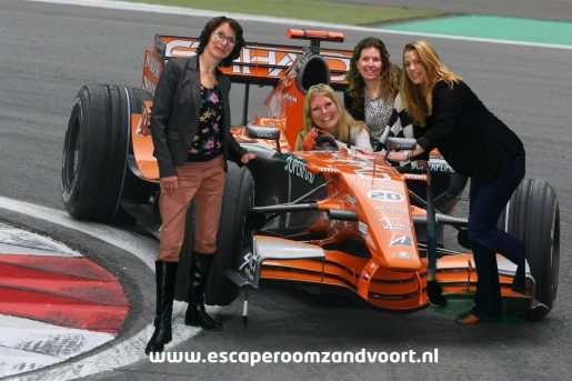 grand prix escape room