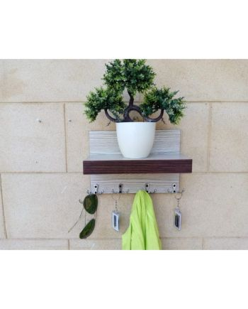 wall mounted Key Rack contrast