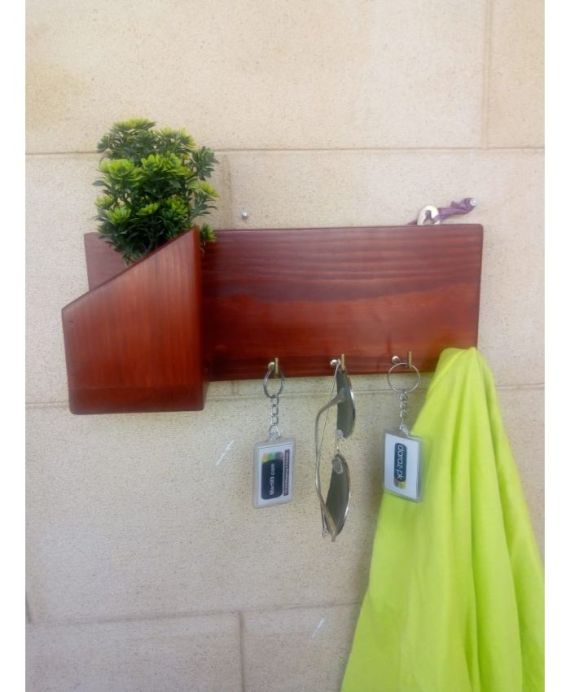 Stylish wall mounted key rack Wood