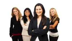 mujeres-profesionales-universiapr1318292145218