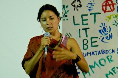 Jera Poty Mirim na USP durante um debate com os estudanes universitarios. DR Marta Molina 2014