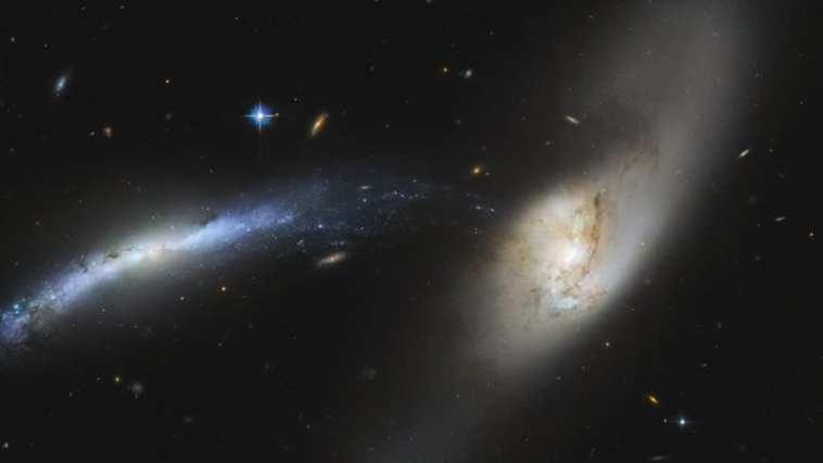Cascada Galáctica. Image Credit: NASA/ESA/Hubble