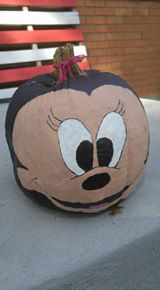 Minnie Mouse pumpkin