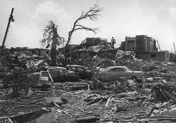Tornado Hickman Mills
