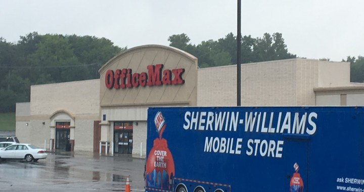 Maxed Out! OfficeMax closes and other big changes at State Line Shopping Center