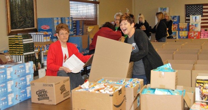 Elks Lodge #26 gives away over 130 boxes of grocery items to families in need