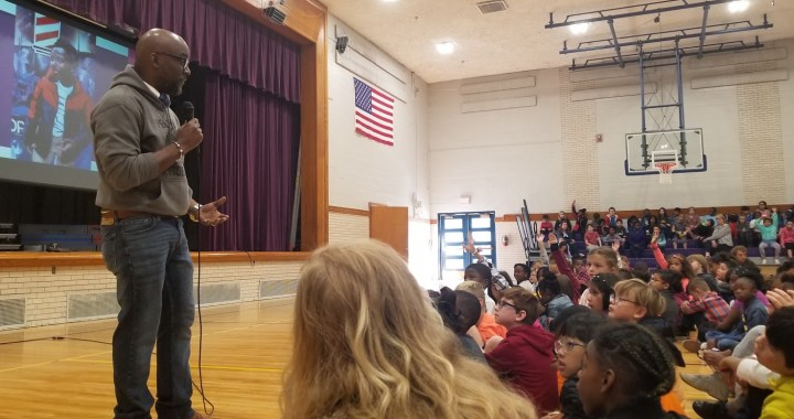 Award-winning author inspires children in south KC