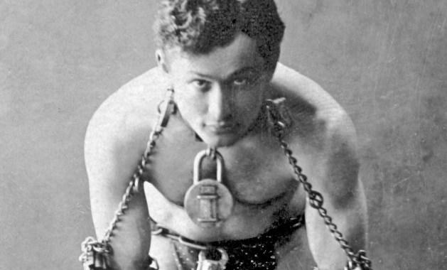 Harry Houdini made history right here in Kansas City