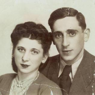 Maria and Fred Devinki in 1945.