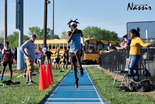 Grandview boys track try to defend championship title