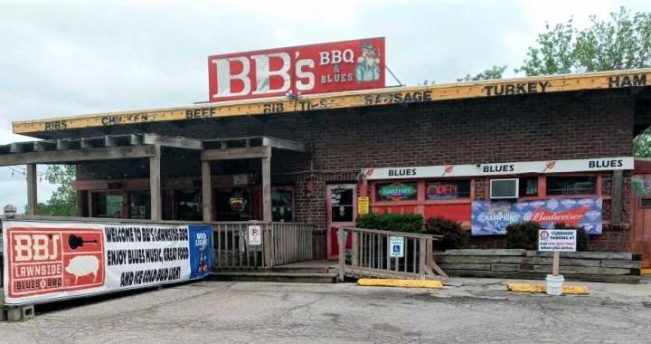 Jammin' and Jivin' at BB's Lawnside BarB-Q
