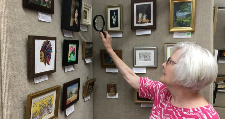 Jewels of the art world: Miniature Paintings & Sculptures Show brings in talent from around the country