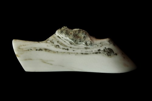 Dreadnought, The Maiden Collection / Yule Marble / 27 x 5.5 x 9.25 inch / 36.6 lbs / SN120807 / $3,500