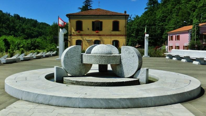 La Piazza dei Parchi, Lunigiana, Tuscany, Italy