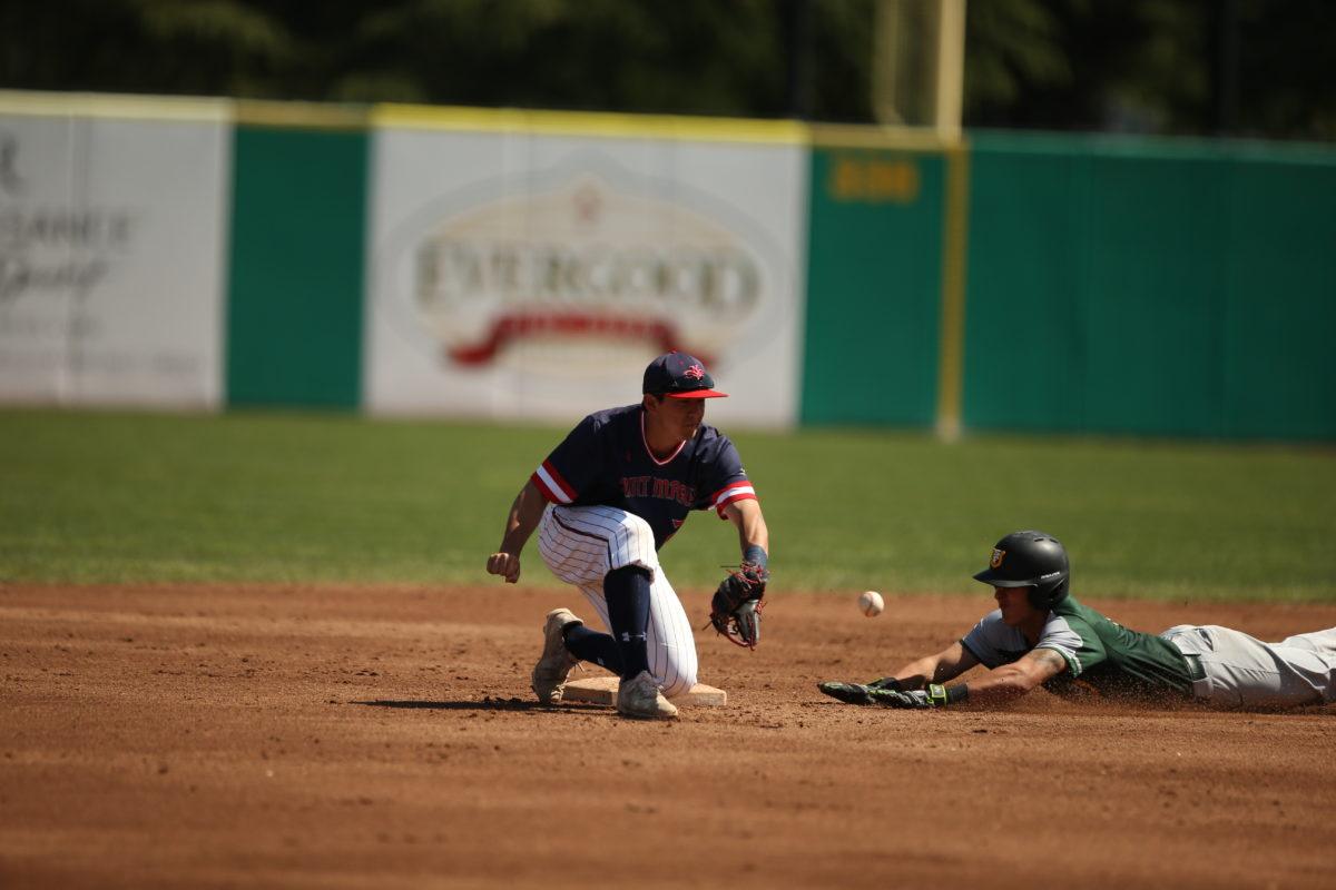 Baseball Saint Mary's Gaels vs Universityof San Francisco Dons.Game ( 1 ) of the Doubleheader