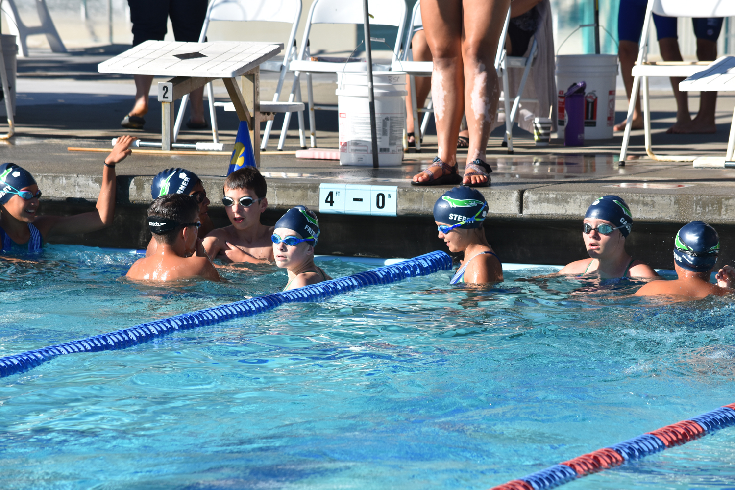 Otters-warming-up-at-the-Benicia-meet