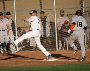 Martinez Clippers vs Sonoma Stompers Clippers 7-5 win Photo by Mark Fierner ( Martinez News-Gazette )