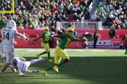 Michigan State Spartans vs Oregon Ducks #11 Ducks Sr.LB Justin Hollins Redbox Bowl