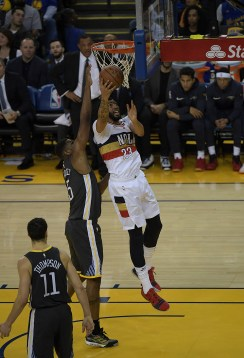 Warriors vs Pelicans Photos by Gerome Wright (Martinez News-Gazette)