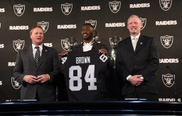 Antonio Brown Press Conference Photos by Gerome Wright (Martinez News-Gazette)