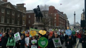 COP21: Thousands join London climate change march, November 29