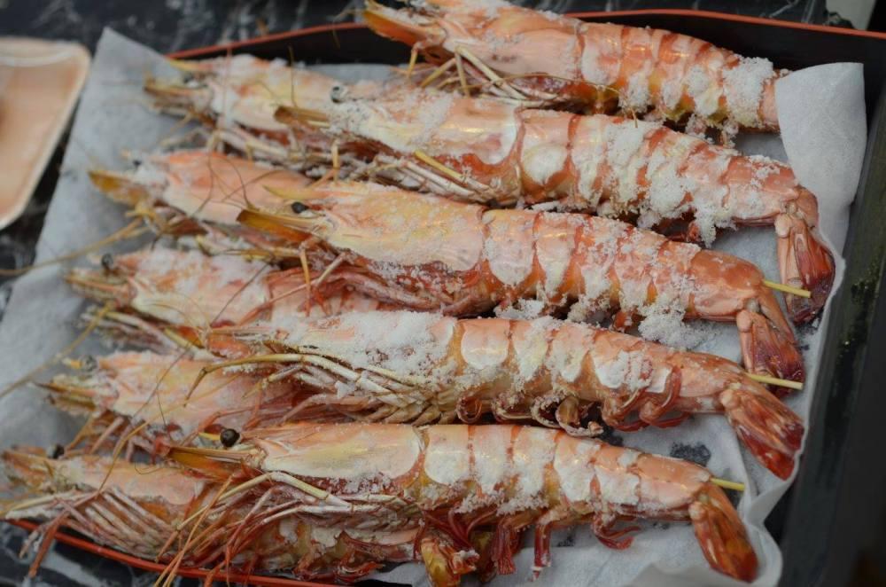 kuromon_shrimp_bbq