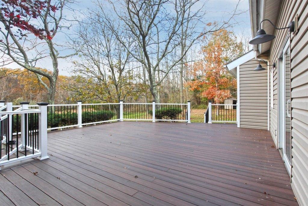 new deck construction - Long Island