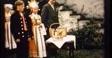 Video Wednesday: Glimpses of Norway – A Hardanger Rural Wedding