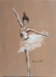 Ballet Dancer en Pointe in Beige
