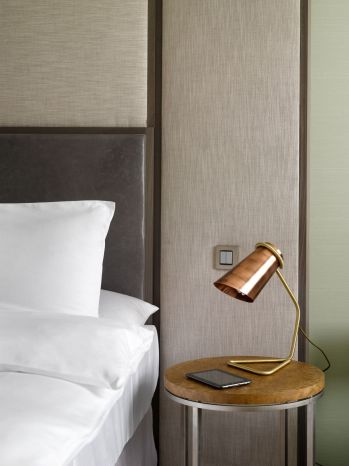 Bed table, lamp