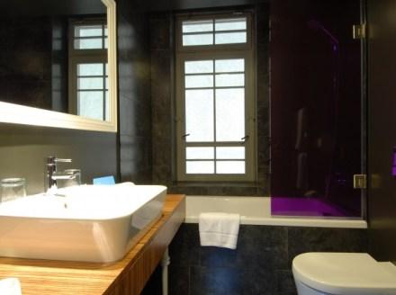 Bathroom - photo copyright Icon hotel