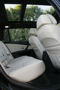 BMW 5 series, white leather seats, panoramic roof, air suspension