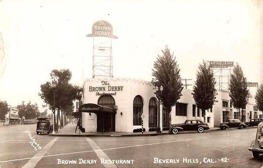 Brown Derby at Wilshire Blvd and Rodeo Dr., Beverly Hills, late 1930s