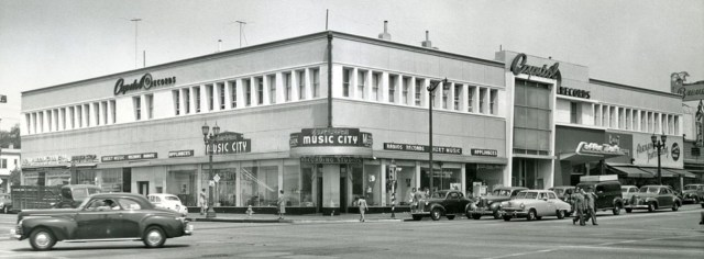 Wallichs Music City on the northwest corner of Vine and Sunset, Hollywood, circa late 1940s