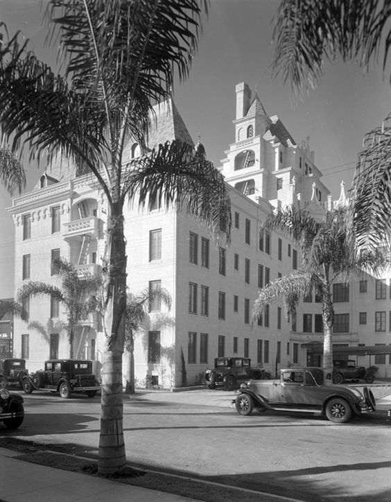 La Belle Tour apartments, 6200 Franklin Ave, Los Angeles, 1929