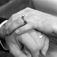 """Despre femeie – """"excesul de dragoste al femeii este dat ca bărbații să se poată umaniza"""""""