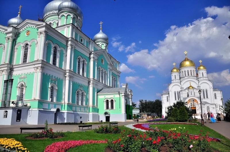 Minunata Mănăstire Diveevo