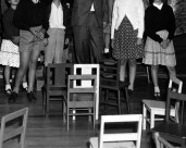 L43333 Children and chairs #2
