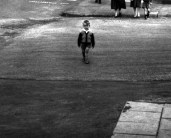L44788 boy crossing road