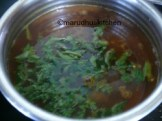 ADD CURRY,CORIANDER LEAVES AND LEAVE FOAM TO FORM