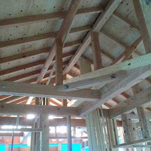 2階建てでもすべて構造計算による安心な住まいを提案します。
