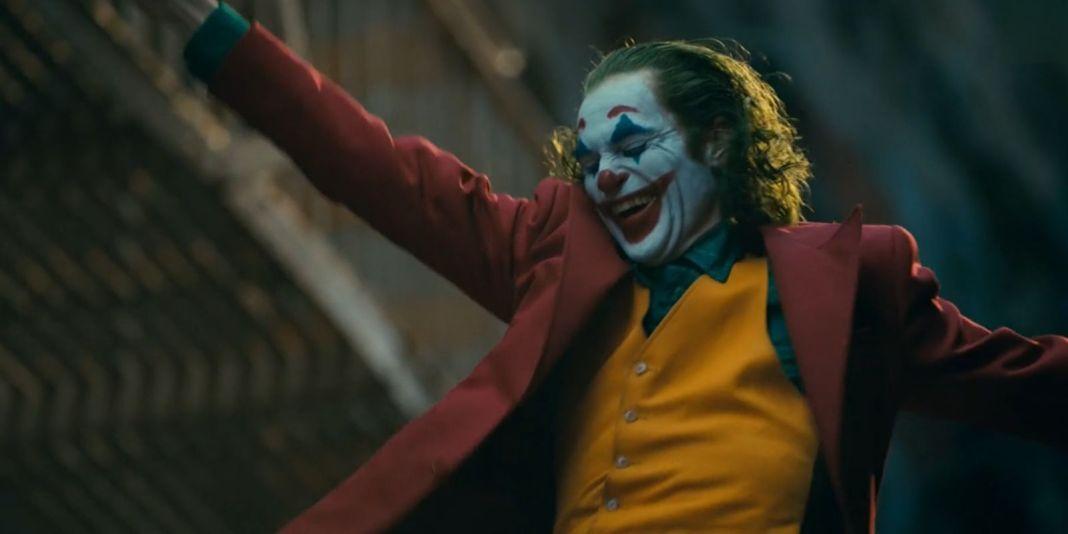 Joaquin Phoenix's Joker laughing and dancing scene