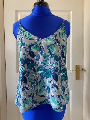Sewing A Floral True Bias Ogden Cami | The Marvellous Mrs Maus