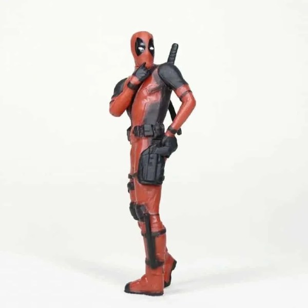 Collectible Mini Deadpool kiss Action Figure V3 8cm
