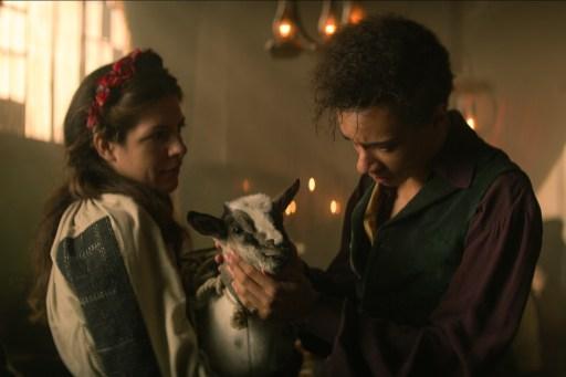 "Kit Young as Jesper Fahey saying goodbye to Milo the Goat in Shadow and Bone's ""Otkazat'sya"""