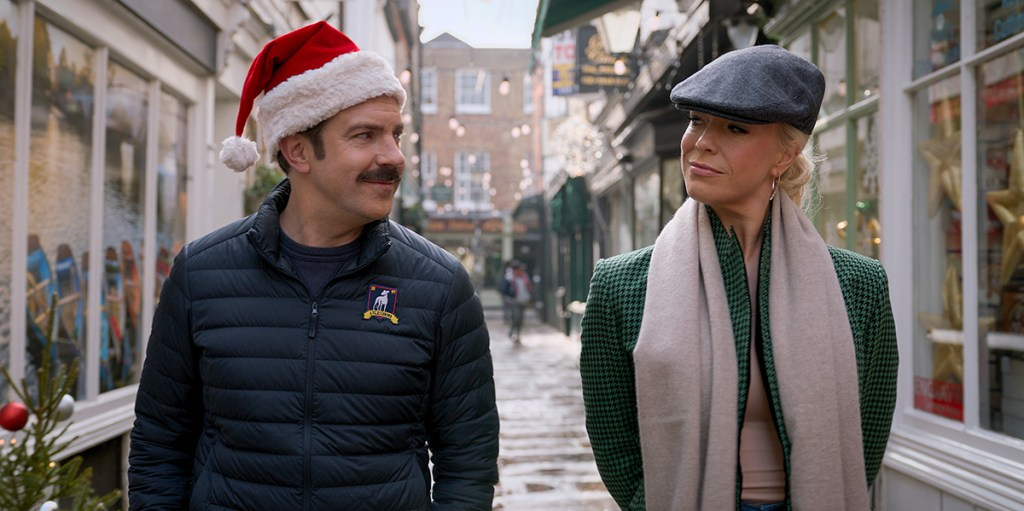 """Jason Sudeikis and Hannah Waddingham in """"Ted Lasso"""" season two, now streaming on Apple TV+. Episode: """"Carol of the Bells"""""""