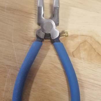 Narrow Running Pliers