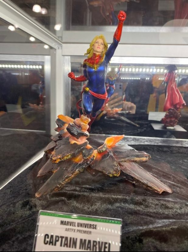 New York Toy Fair 2020 Captain Marvel Kotobukiya ARTFX Premier Figure