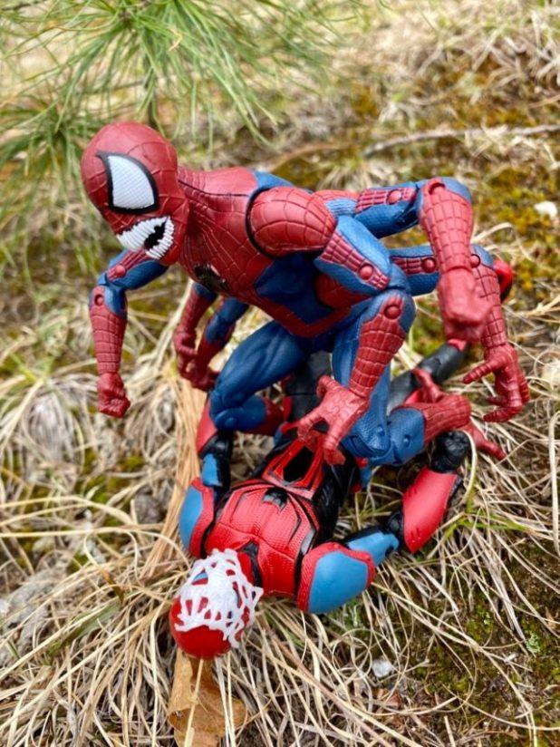 Doppelganger Spider Man vs. Spider Armor Mk 3 Legends Figures